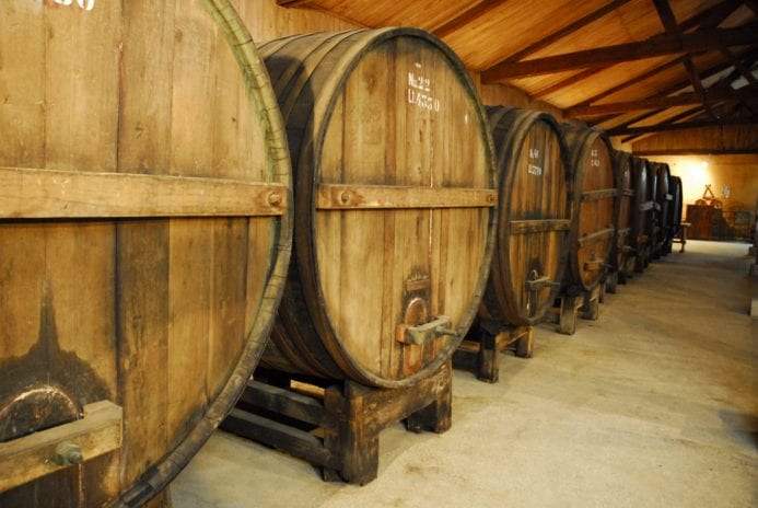Şarap fabrikalarını mutlaka ziyaret edin