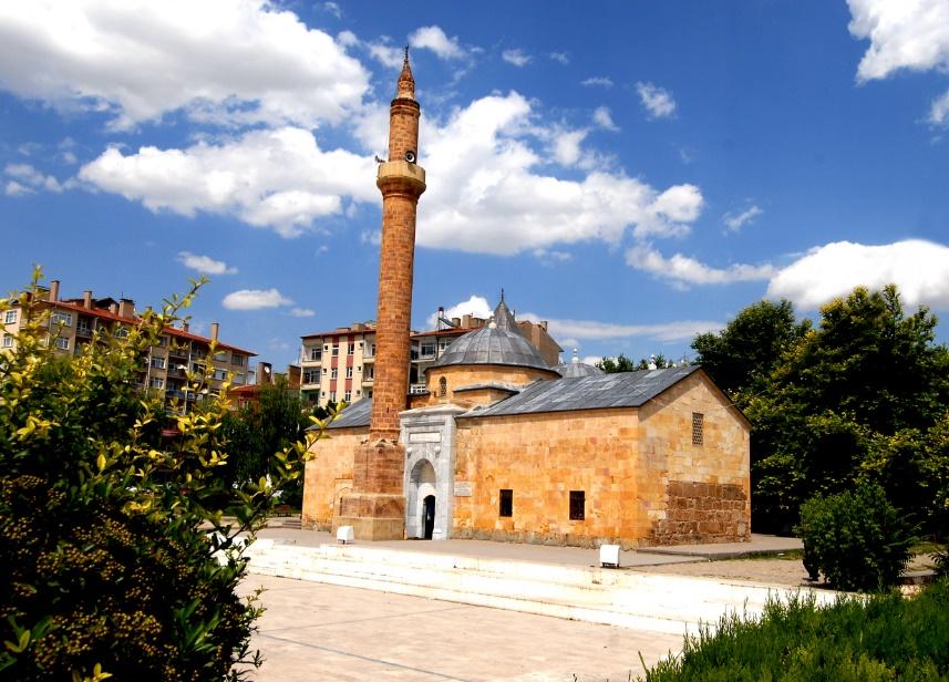 Ahi Evran Camii ve Türbesi