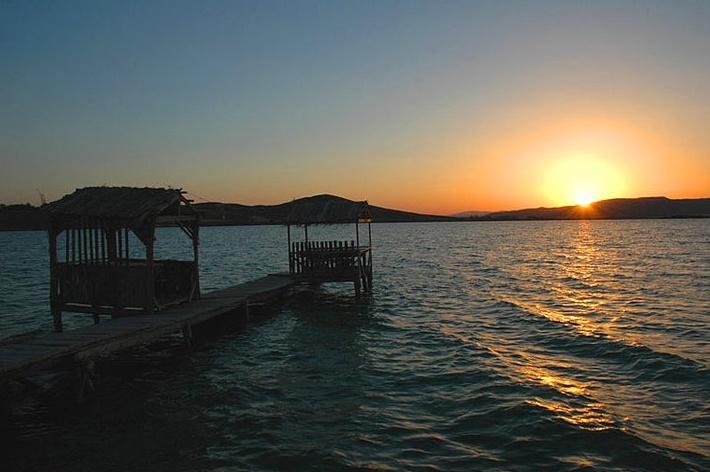 Zara Tödürge Gölü