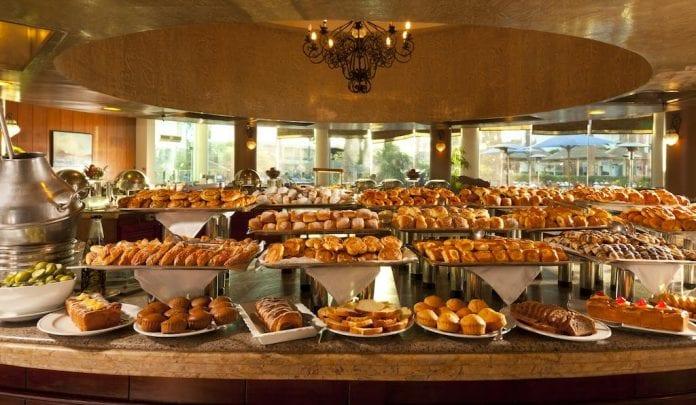 Otelde bulunan restoranlarda en güzel lezzetleri tatma şansına sahip olabiliyorsunuz