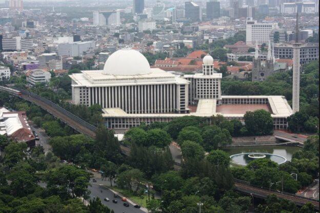 İstiklal Camii