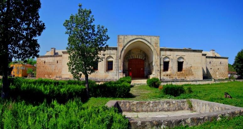 Adana-Ceyhan-Kurtkulağı Kervansarayı