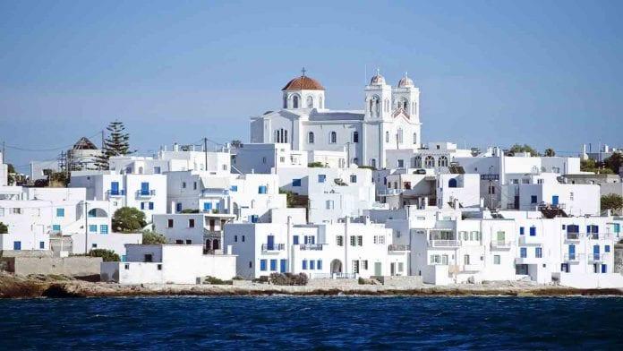 9- Paros Adası ile ilgili görsel sonucu