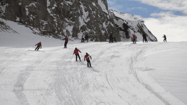 Hakkari Kayak Merkezi