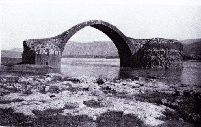 Yafes Köprüsü