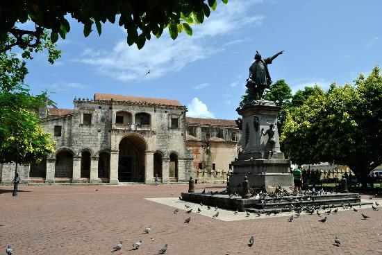 Dominik gezilecek yerler