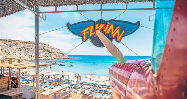 fly-inn beach