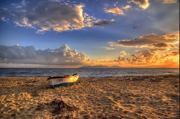 Sarımsaklı Plajı – Ayvalık
