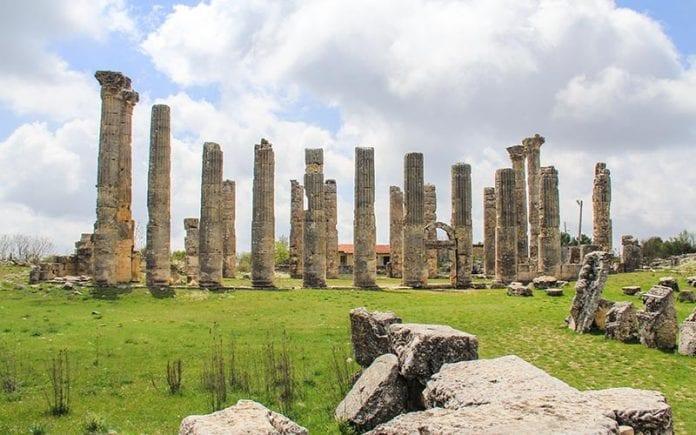 uzuncaburc-antik-kenti