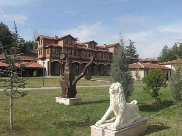 Mimar Vedat Tek Kültür ve Sanat Merkezi 75. Yıl Cumhuriyet Müzesi