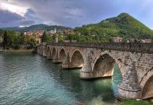 sokullu mehmet paşa köprüsü