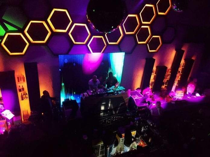 Avenue Night Club Üsküp