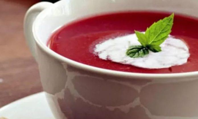 Kızılcık Tarhanası Çorbası