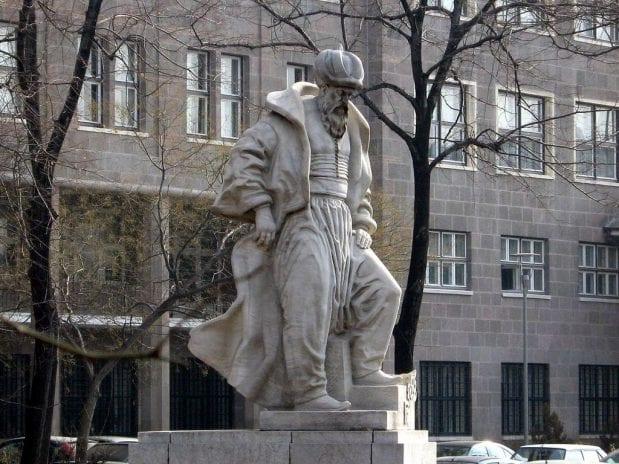 Mimar Sinan Anıtı