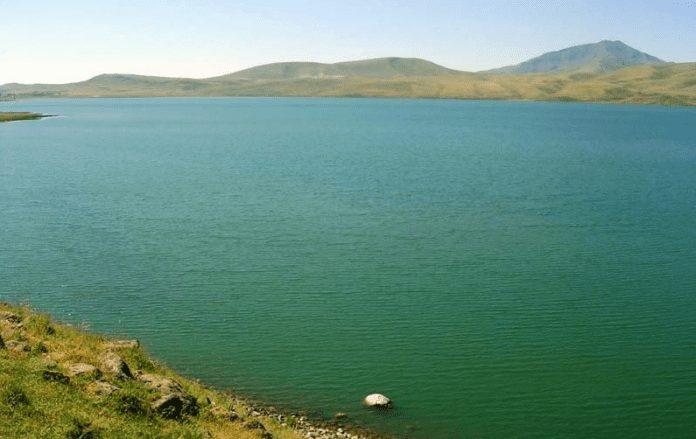 nazik gölü