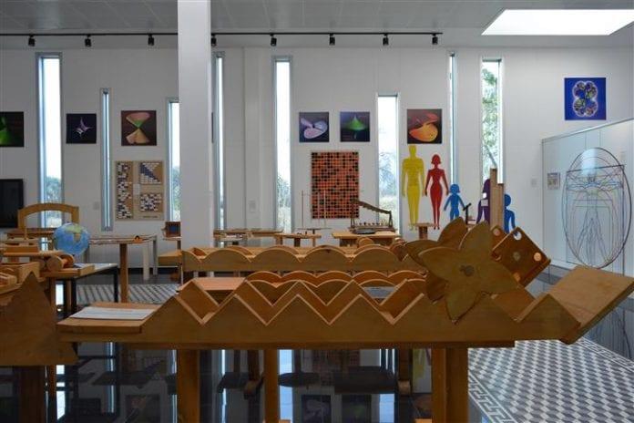 tales matematik müzesi