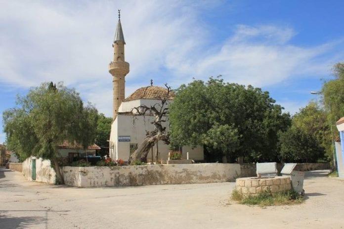 Alaçatı Memiş Ağa Camii