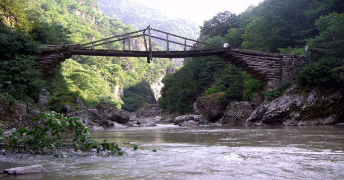 başkotanı köprüsü