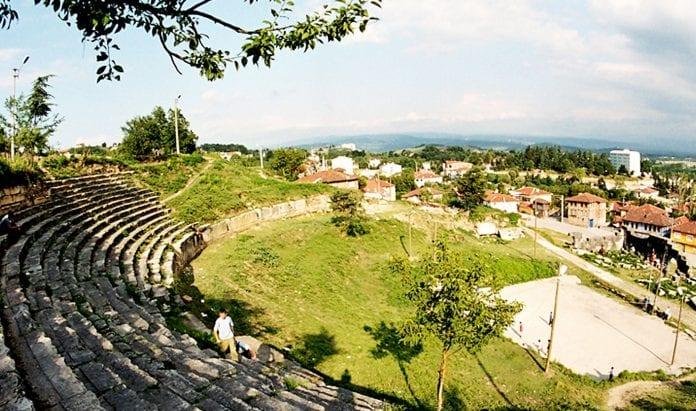 düzce antik tiyatro