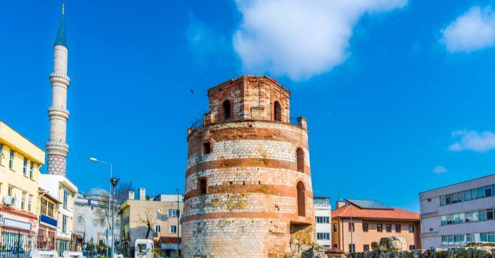 makedonya saat kulesi