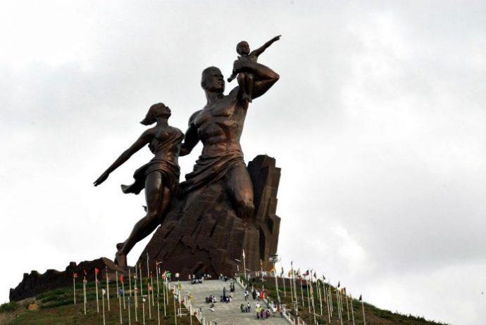 Afrika Rönesans Anıtı