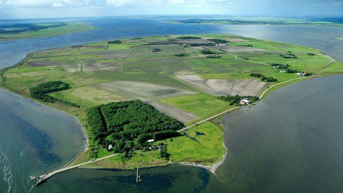 Egholm Adası