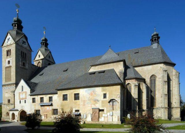 Maria Saal Kilisesi