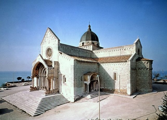 San Ciriaco Katedrali