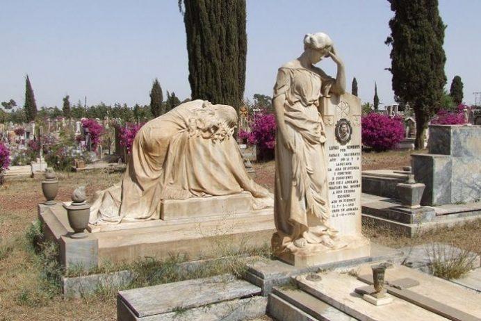 İtalyan Mezarı