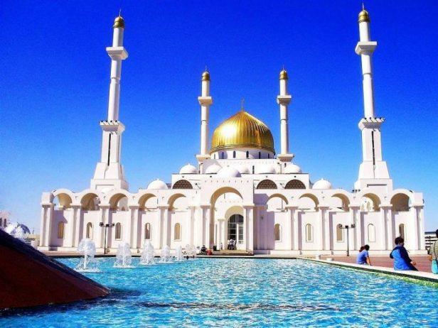 Nur Astana Camii