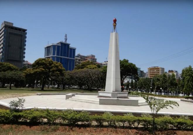 Uhuru Anıtı