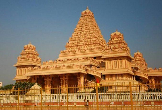 Chhatarpur Temple
