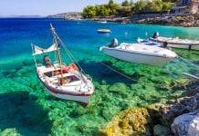 Korfu Adası Kıyısı
