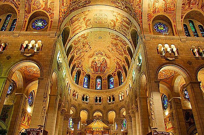 St. Anne de Detroit Katolik Kilisesi