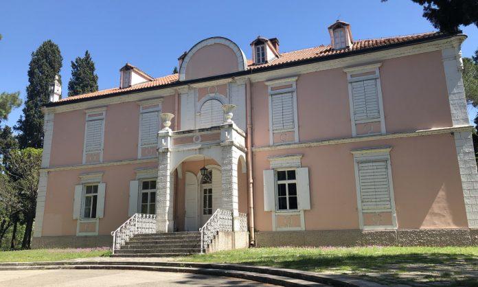 Podgorica Çağdaş Sanat Merkezi