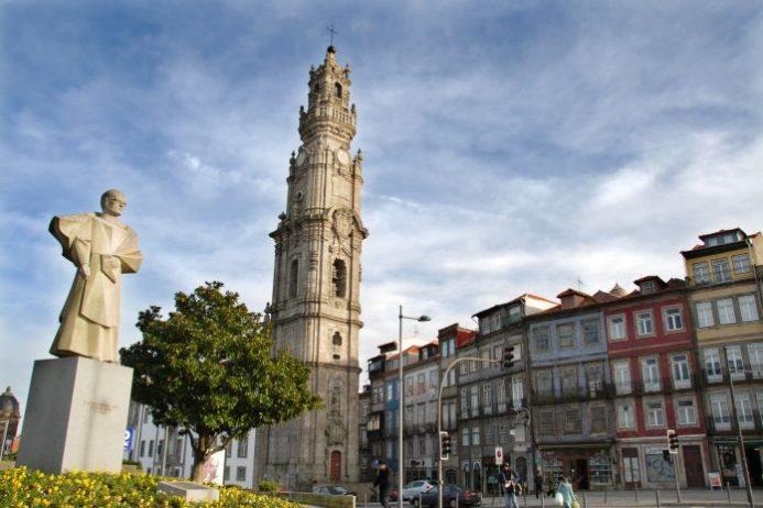 clerigos kulesi