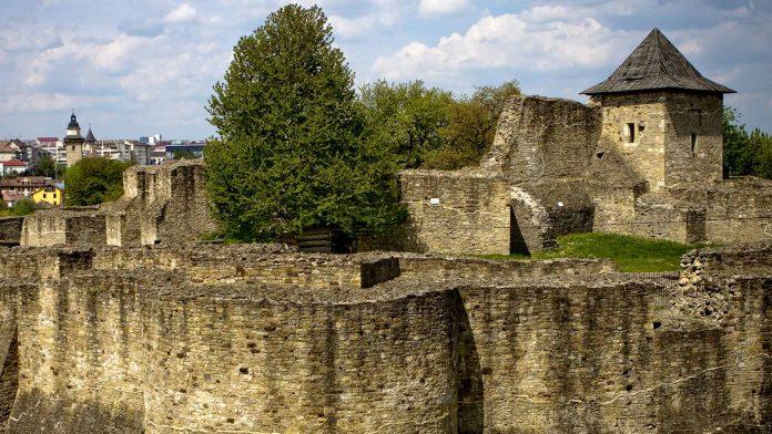 suceava castle