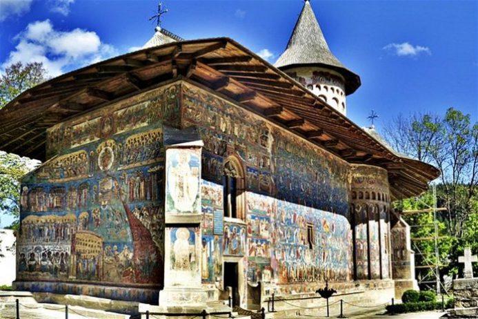 suceava monastery
