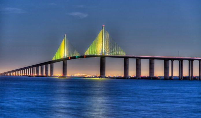 Sunshine Skyway Köprüsü