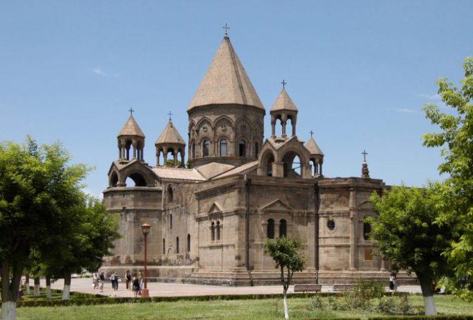 Eçmiyazin Katedrali