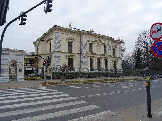 Herbst Sarayı ve Müzesi