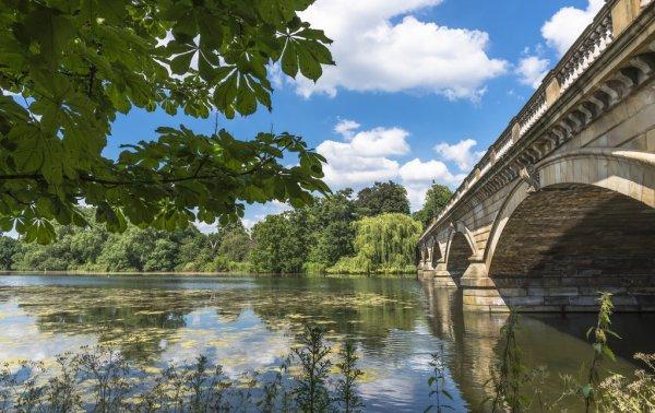 Hyde Bridge
