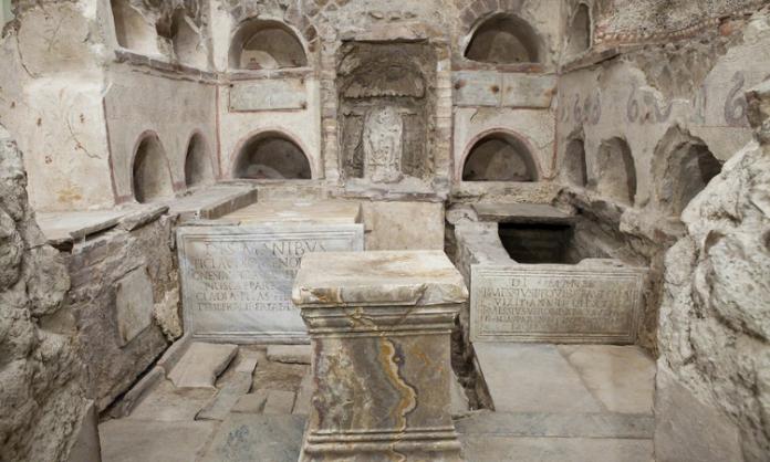 Roma Yeraltı Mezarları