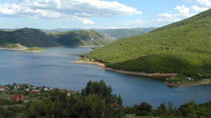 Tikves Gölü