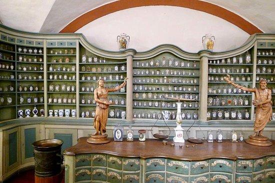 Alman Eczacılık Müzesi