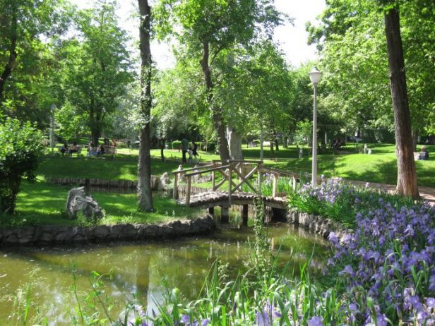 Âşıklar Parkı