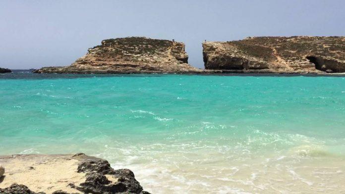 Comino Adası