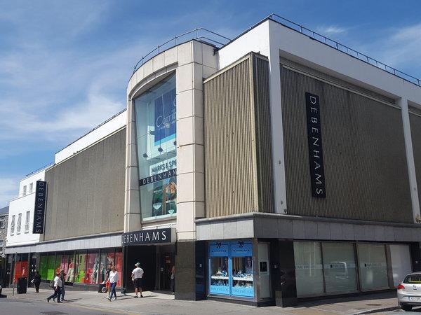 Corrib Alışveriş Merkezi