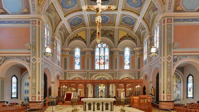 Blessed Kutsal Sır Katedrali