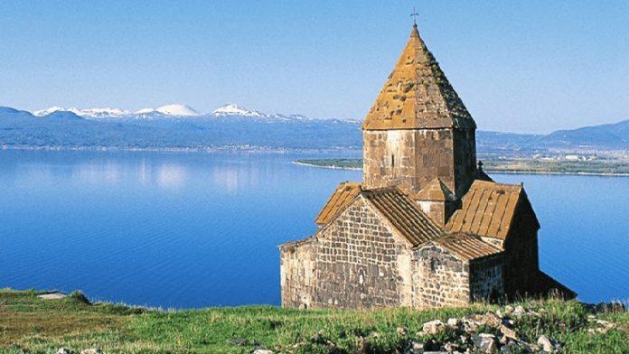 Sevan Gölü